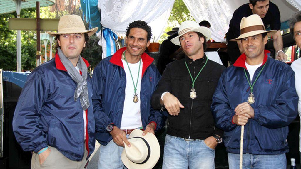 Reunión de famosos en el Rocío