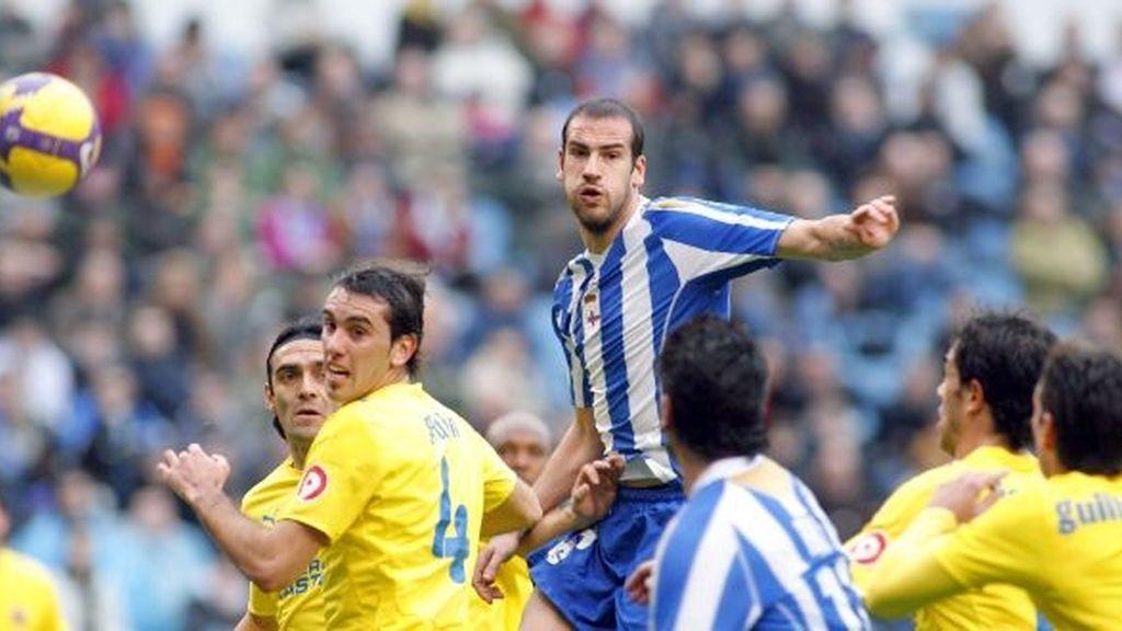 3-0. El Deportivo resurge frente a un Villarreal que da otro paso atrás