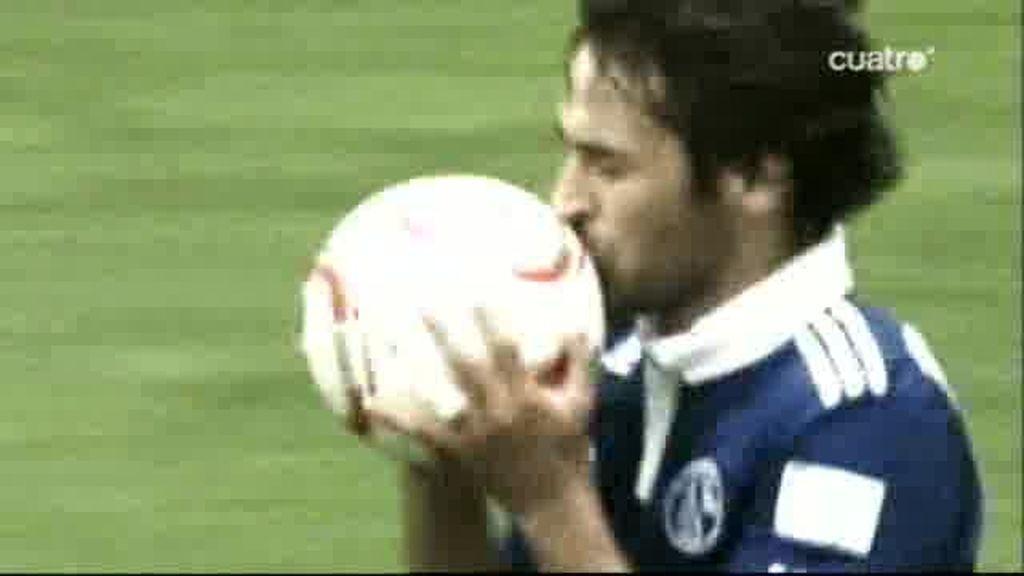 Raúl, a hacer historia con el Schalke