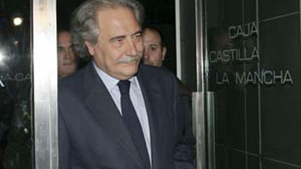 El presidente del Castilla La Mancha habla de excesivas pretensiones por parte de Unicaja. Vídeo: Atlas.