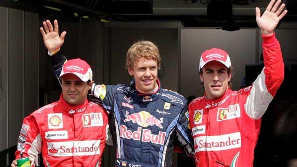 Vettel le ganó la partida a Alonso y Massa