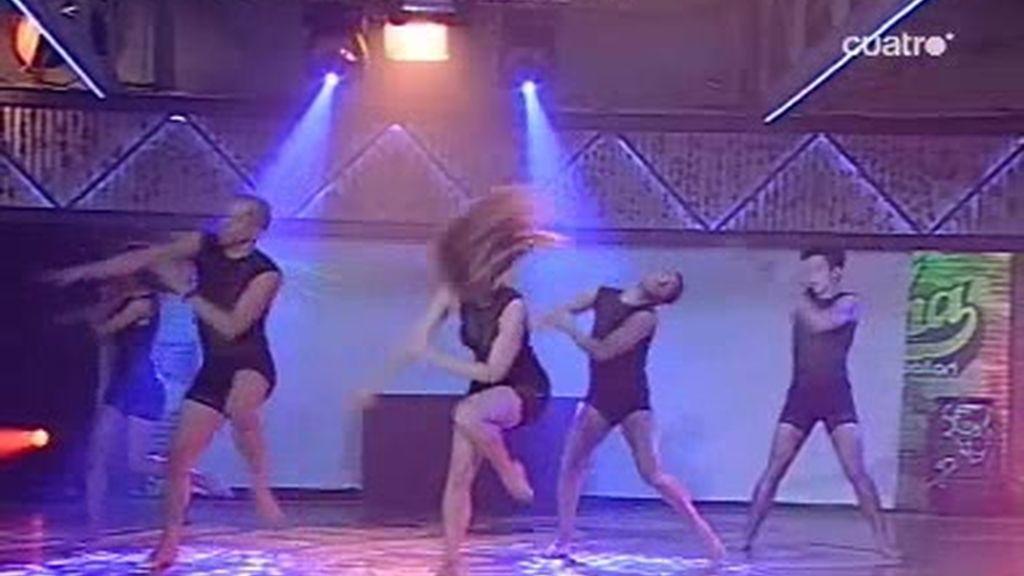 Lirical Hops baila en la final de Fama
