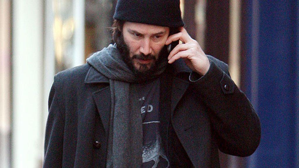 Keanu Reeves para los golpes con la izquierda
