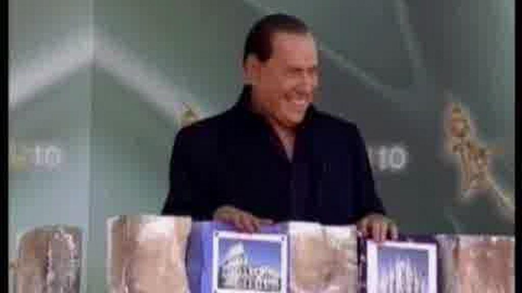 Berlusconi, de nuevo, en el ojo del huracán