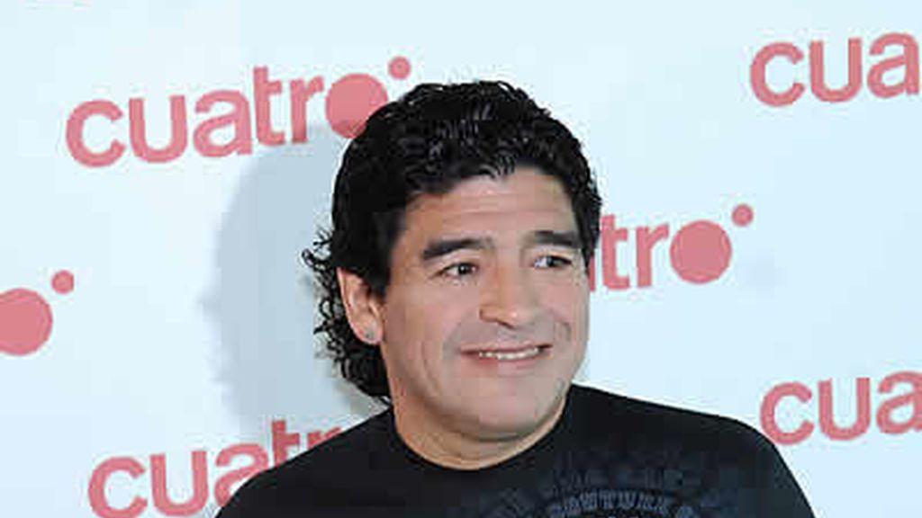 Maradona participó en el Torneo Indoor de fútbol