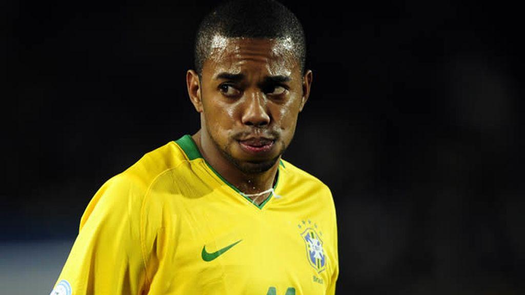 Robinho, con Brasil