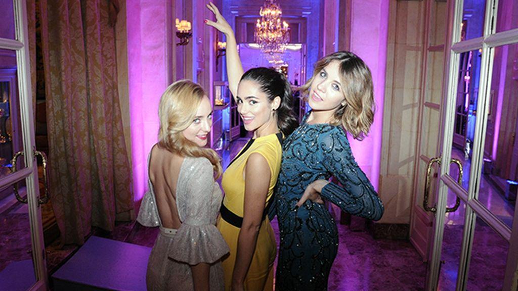 Ángela Cremonte, Alicia Sanz y Andrea Guasch posando a lo ángeles de Charlie