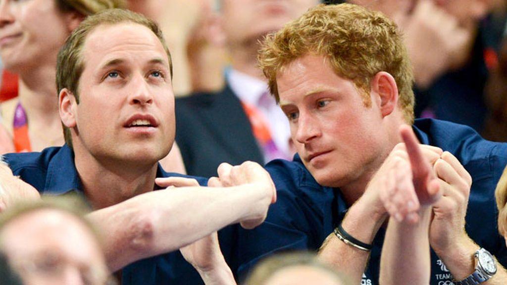 Los príncipes Guillermo y Harry vieron juntos la gimnasia artística