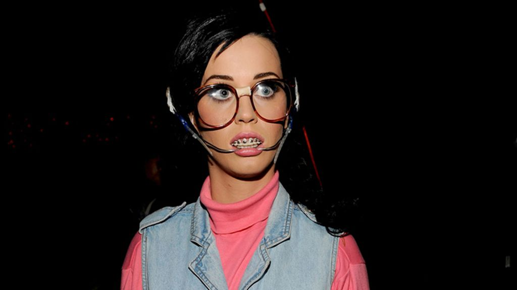 Katy Perry, look del videoclip 'Last friday night'