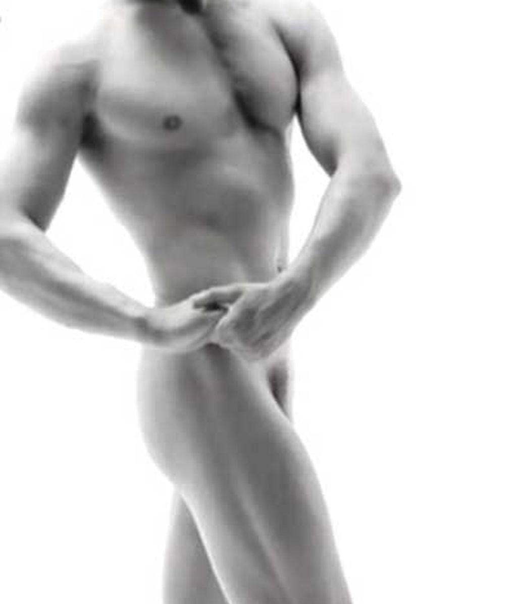 Adans Peres, al desnudo