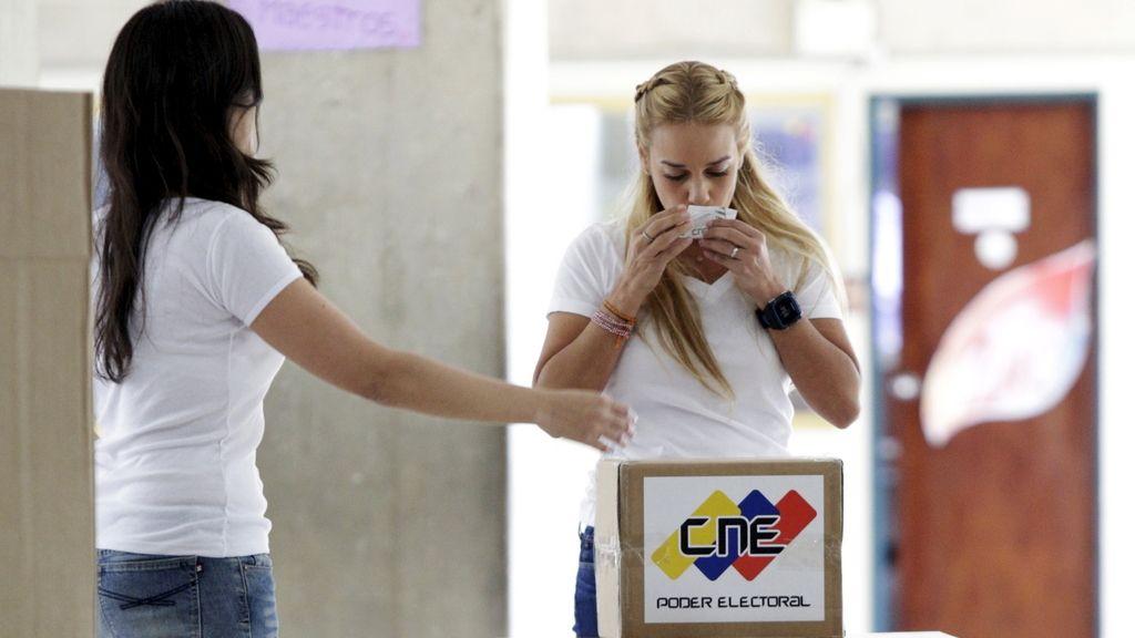 Tintori votando en las elecciones de Venezuela