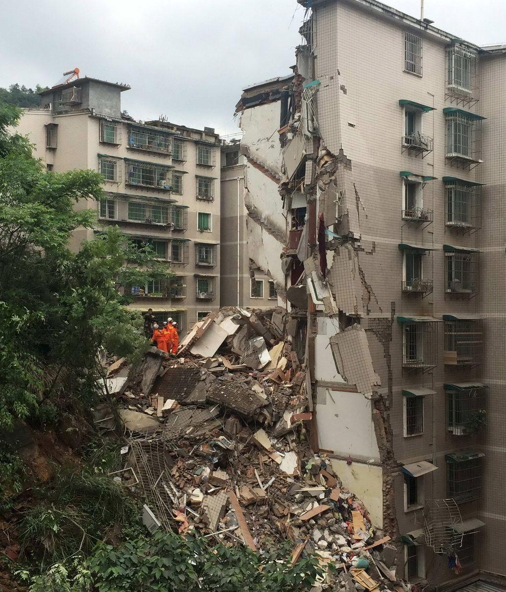 Fallecen las 16 personas atrapadas en los escombros de un edificio en China