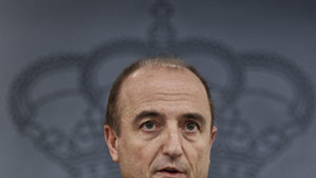 Sebastián pide a las petroleras que dejen al Gobierno al margen de la controversia