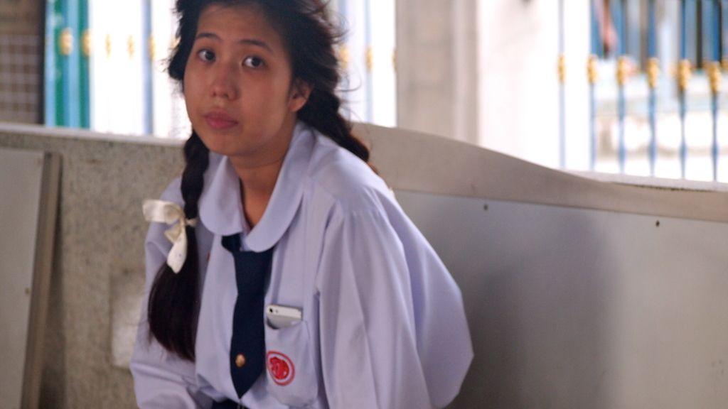 Joven, mujer y estudiante en Bangkok