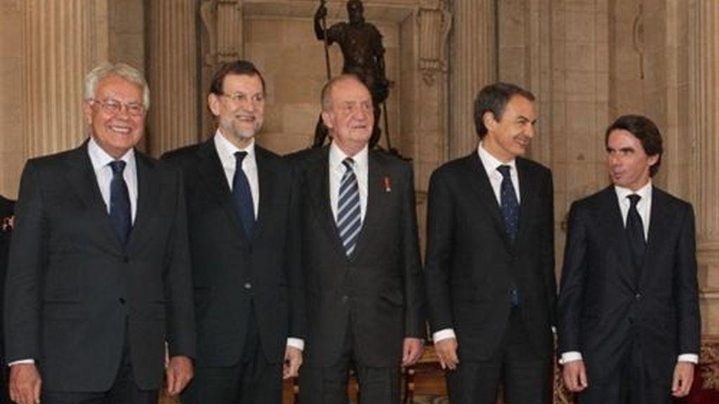 Felipe González, Mariano Rajoy, Don Juan Carlos, José Luis Rodríguez Zapatero y Jose María Aznar
