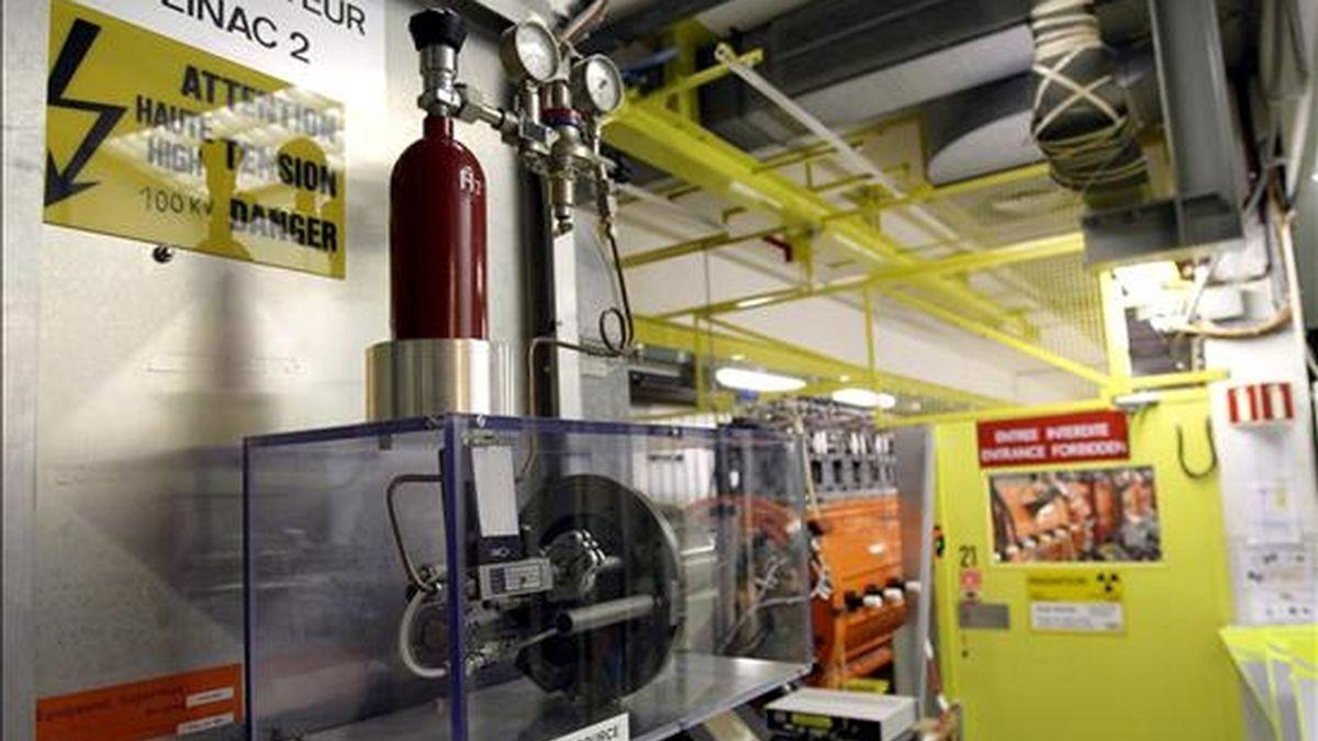 Imagen del acelerador de partículas Linac 2 (Acelerador Linear 2), en la sede de la Organización Europea para la Investigación Nuclear (CERN) en Meyrin, cerca de Ginebra. EFE/Archivo
