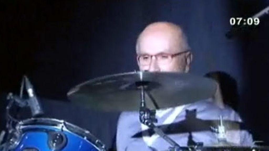 Josep Antonio Duran i Lleida a ritmo de batería