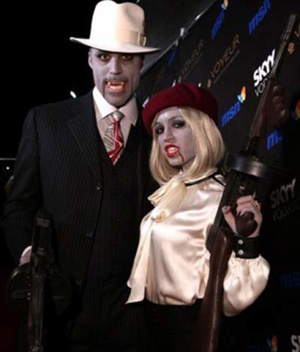 Eliza Dushku y su novio, Rick Fox