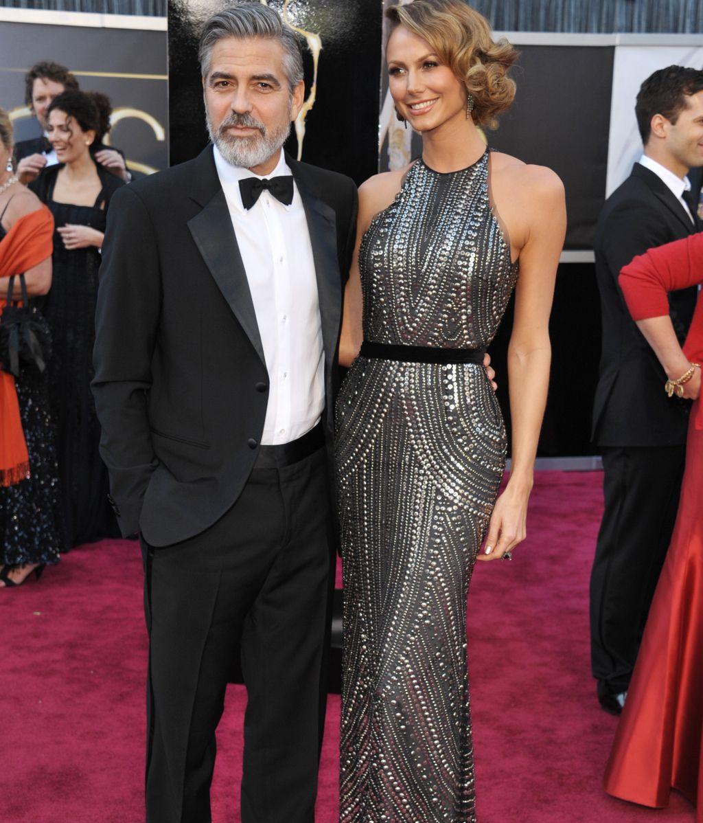 George Clooney, acompañado por su novia