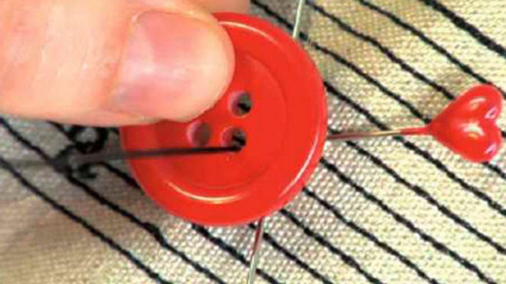 Tricotosas 24: Coser un botón