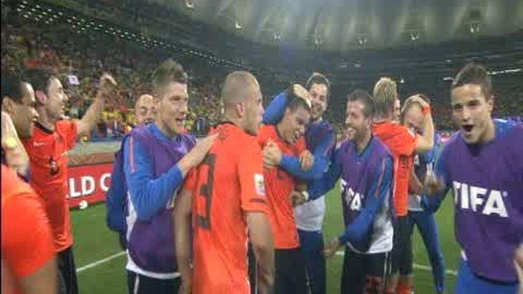 CUARTOS: Holanda 2 - 1 Brasil