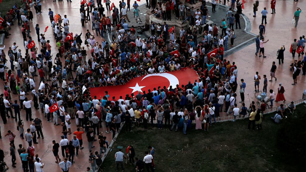 Manifestación de apoyo al gobierno de Erdogán