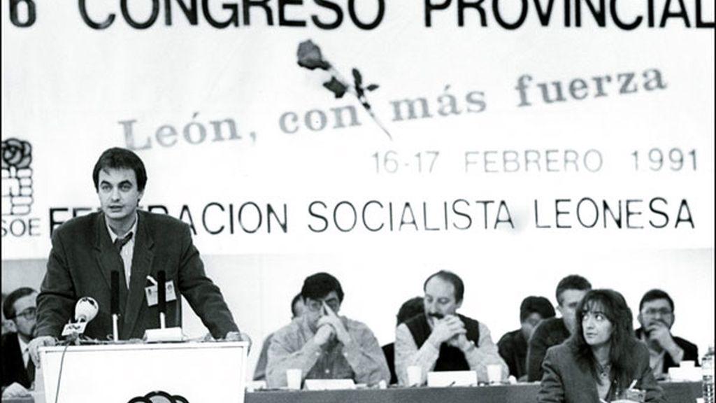 Un joven Zapatero en León en 1991