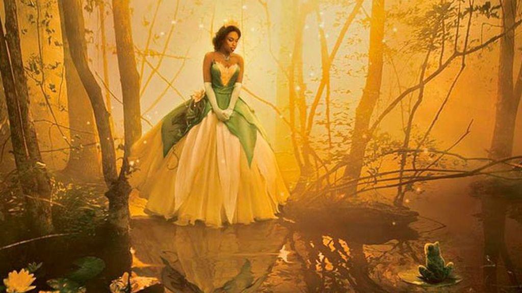 La actriz y cantante Jennifer Hudson es Tiana