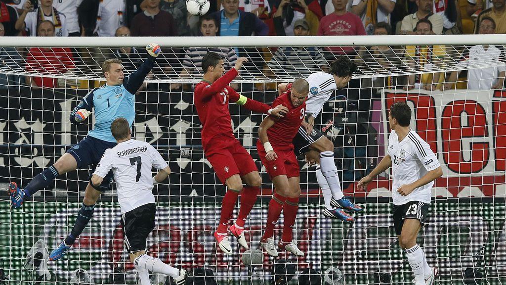 M.Gómez gana la partida a C.Ronaldo