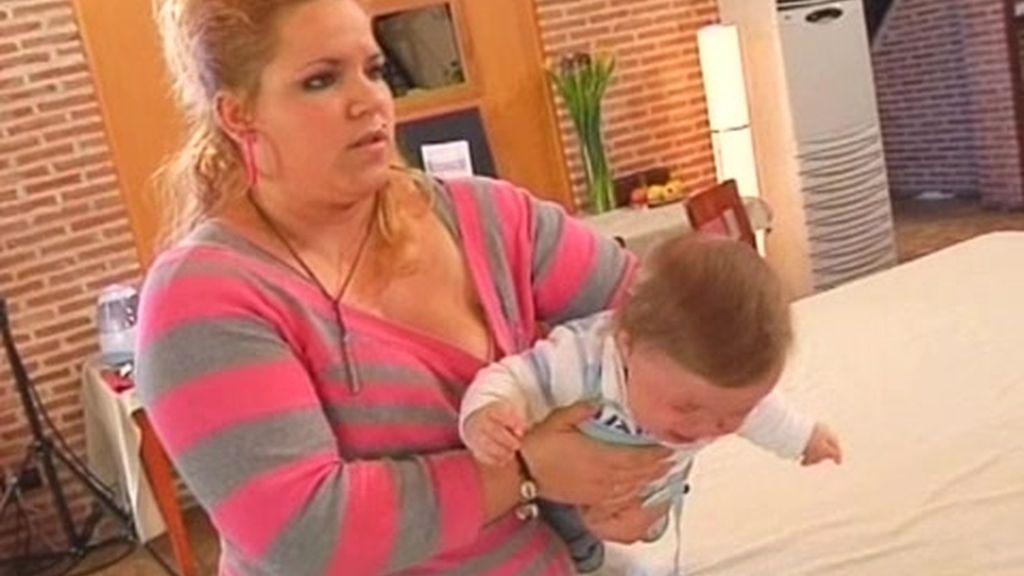 Rosa se pone nerviosa porque su hijo está enfermo