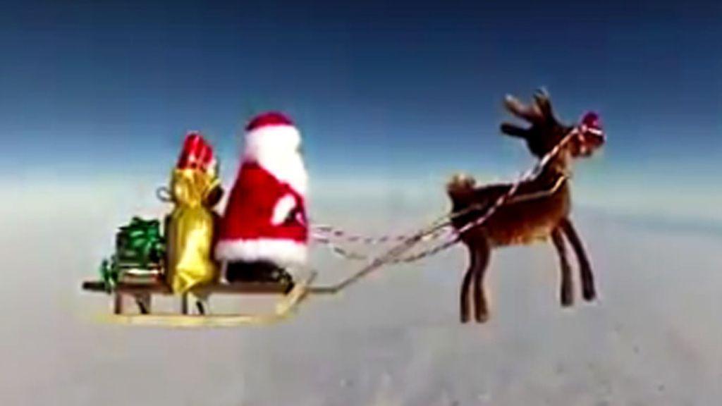 Papá Noel viaja al espacio para repartir regalos