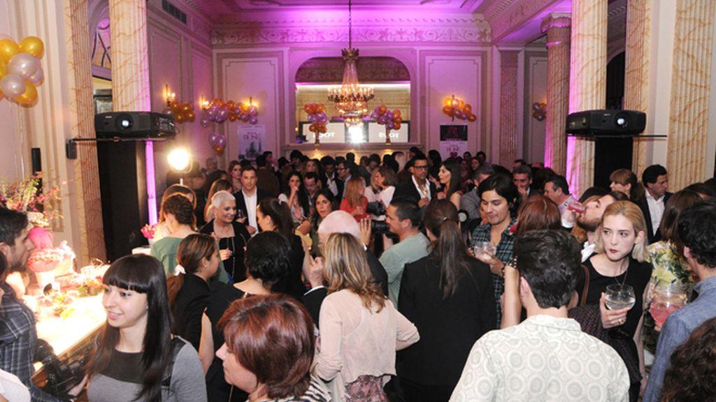 Paula Echevarría, a lo Audrey, y otras reinas de la fiesta del Harper's Bazaar