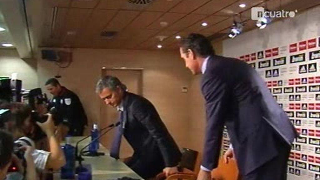 Lo que no se vio de la presentación de José Mourinho