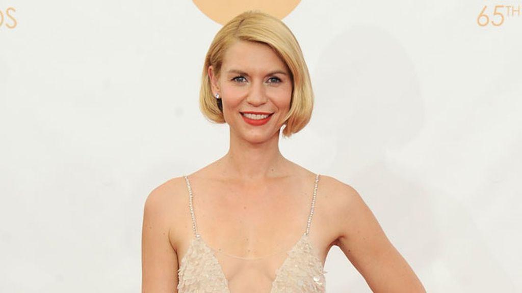 Claire Danes nos sorprendió con su perfecto 'falso bob' en los Emmy