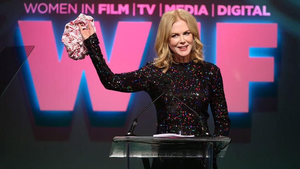 Nicole Kidman sacó dos gorros de ducha en el momento de recoger el premio