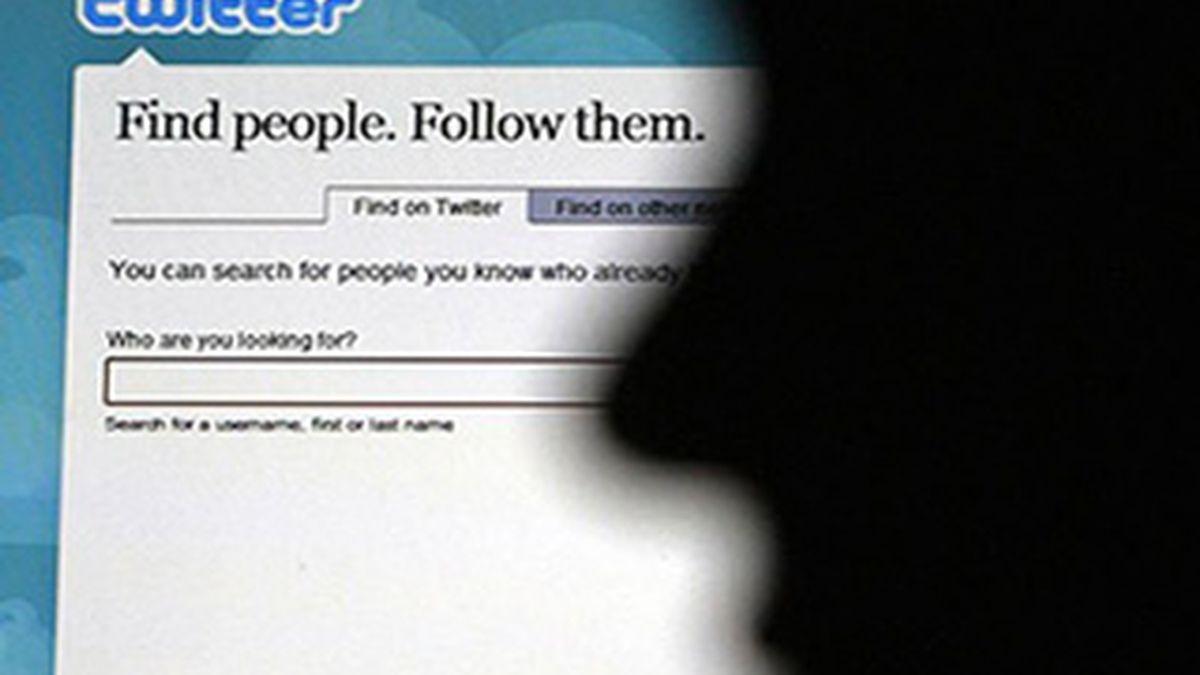 Twitter confirmó en su blog oficial la compra de Tweetie, una aplicación que permite 'twittear' en los iPhone. Tras concretar el acuerdo, Tweetie será renombrada como 'Twitter para iPhone'.