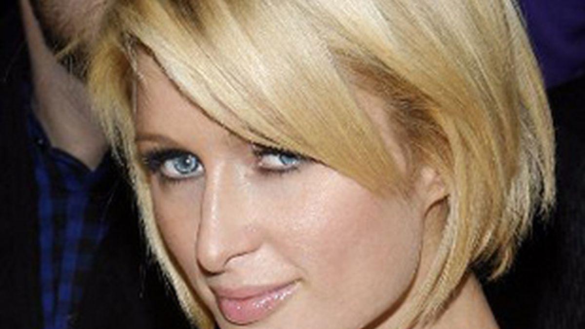 Paris Hilton no tiene ganas de comprometerse por el momento. Foto: AP