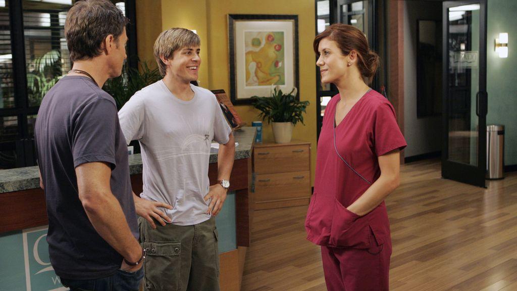 Addison trata de ganarse la confianza de sus nuevos compañeros, en el arranque de la ficción