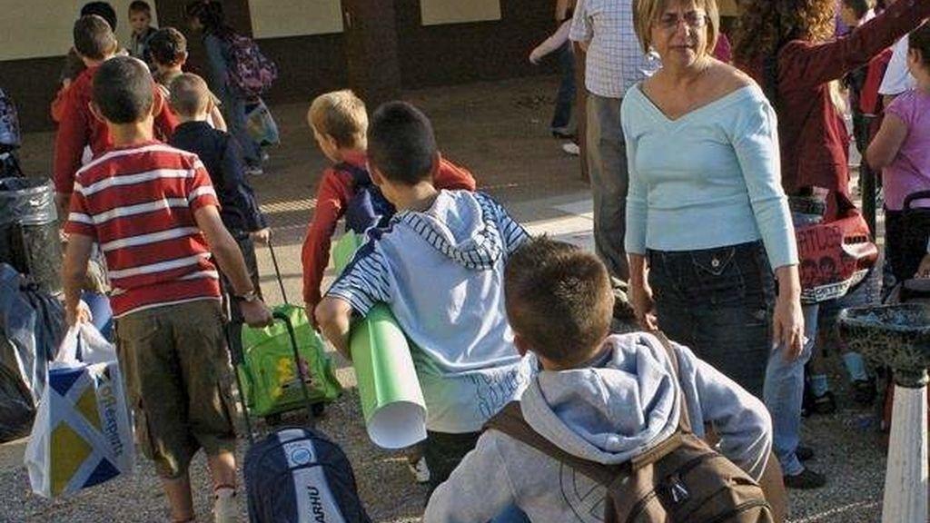 Varios niños vuelven al cole este septiembre