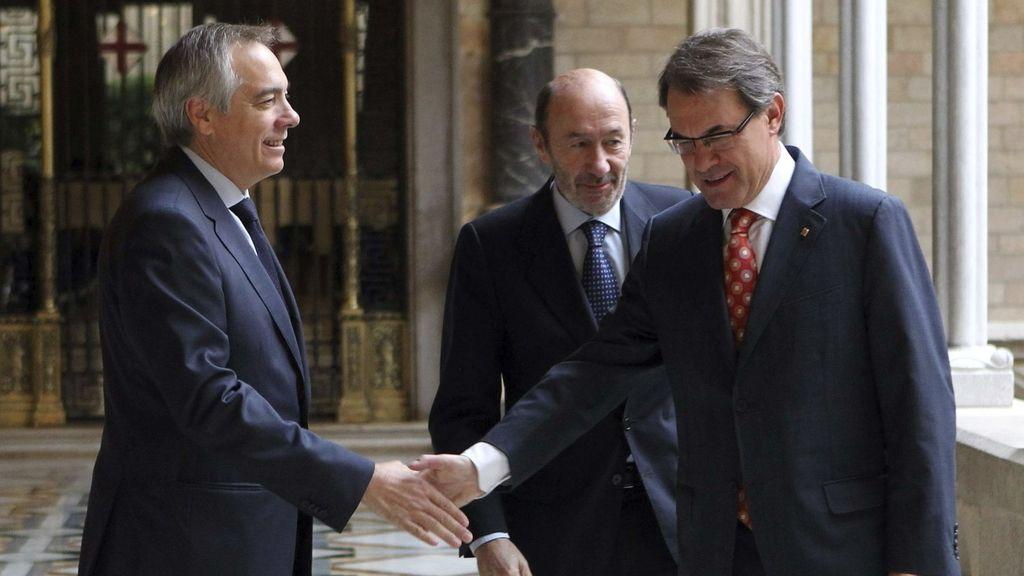 Pere Navarro, Alfredo Pérez Rubalcaba y Artur Mas