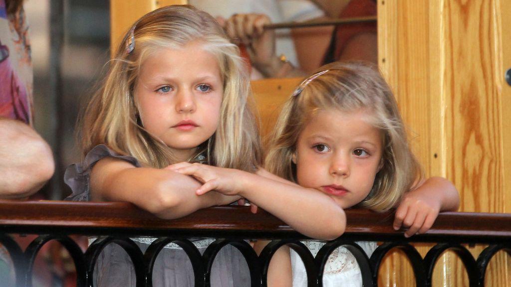 La infanta Leonor, con su herman Sofía