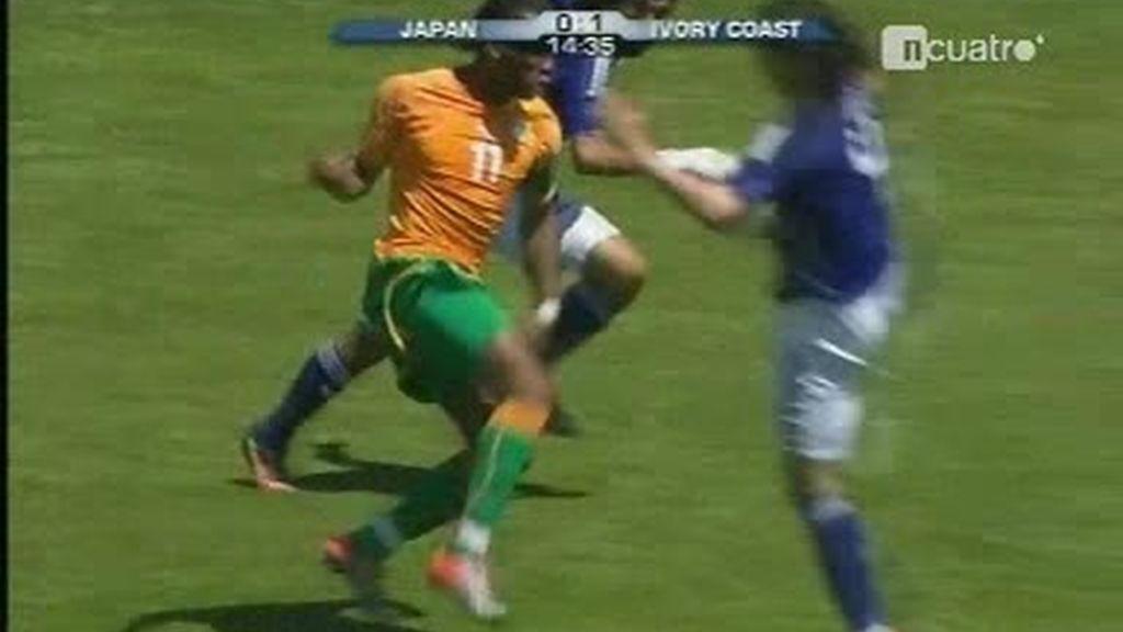 Drogba se lesiona y se despide del Mundial
