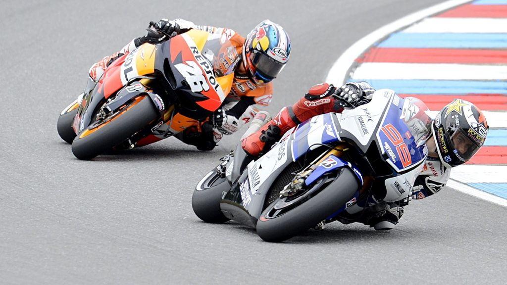 Pedrosa intenta dar caza a Lorenzo en la carrera de Brno
