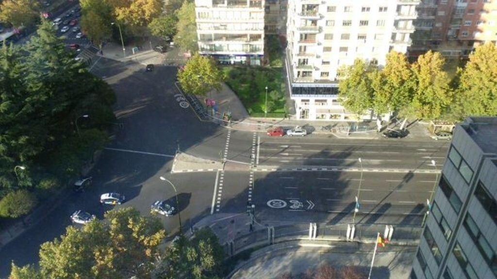La policía corta la Castellana en Madrid por un paquete sospechoso