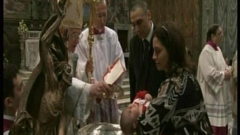 El Papa pide nombres cristianos para los nuevos católicos