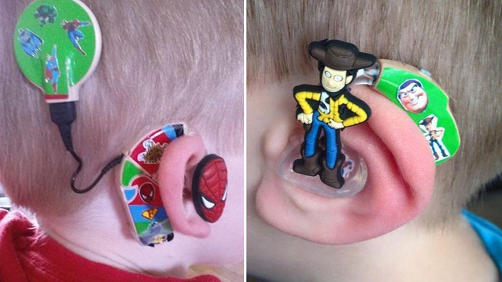 Una madre de un niño sordo rediseña los audífonos para hacerlos más atractivos