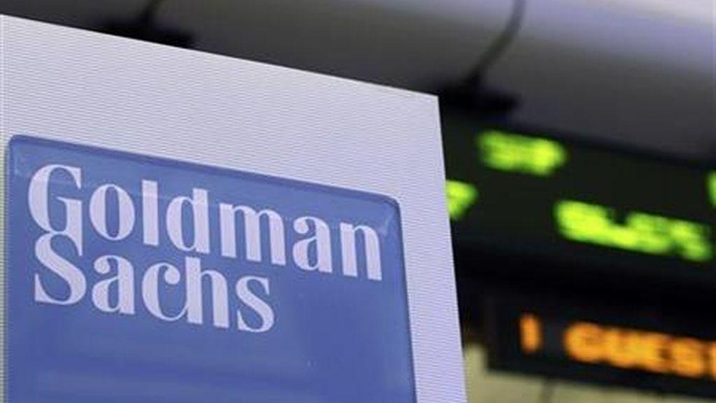 """Un directivo del banco estadounidense Goldman Sachs ha acusado a la entidad de """"timar a sus clientes"""" y de tratarlos como """"marionetas""""."""