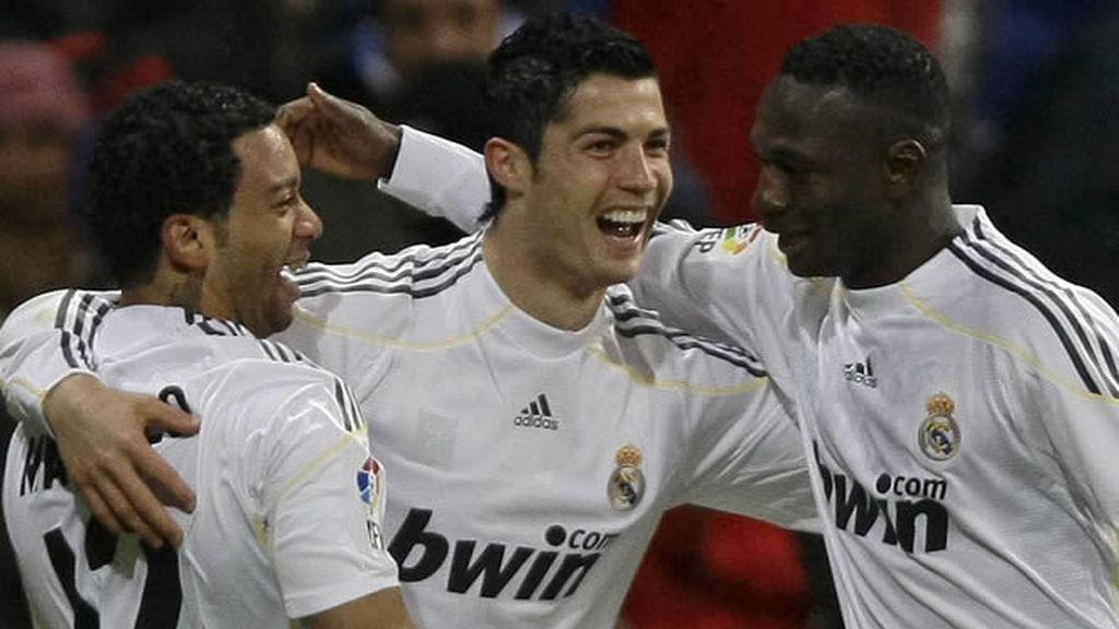 Cristiano Ronaldo celebra el gol marcado frente al Zaragoza