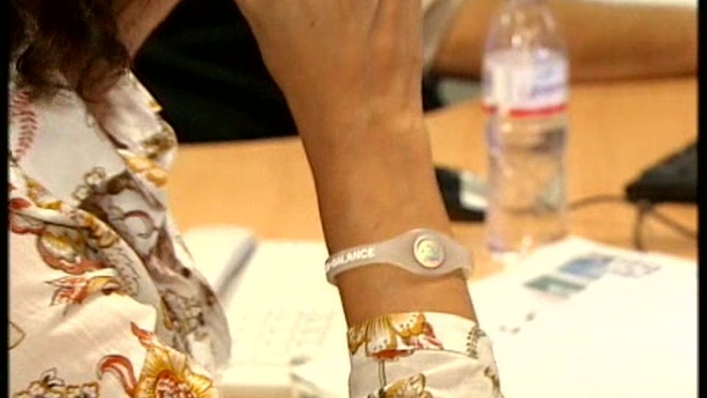 ¿Son un timo las pulseras iónicas?