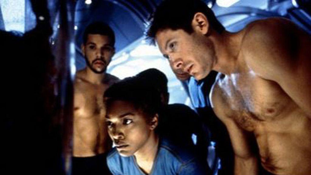 SUPERNOVA: EL FIN DEL UNIVERSO (2000)